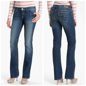 Kut from the Kloth Natalie Bootcut Jeans. Size 12